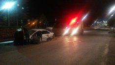 Malatyada Trafik Kazası Sokak Lambasına Çarparak Durabildi