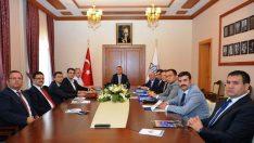 Mülki İdare Amirleri Toplantısı Vali Mustafa Toprak'ın başkanlığında yapıldı.