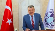 Battalgazi Belediye Başkanı Selahattin Gürkan, 24 Kasım Öğretmenler Günü dolayısıyla bir mesaj yayınladı