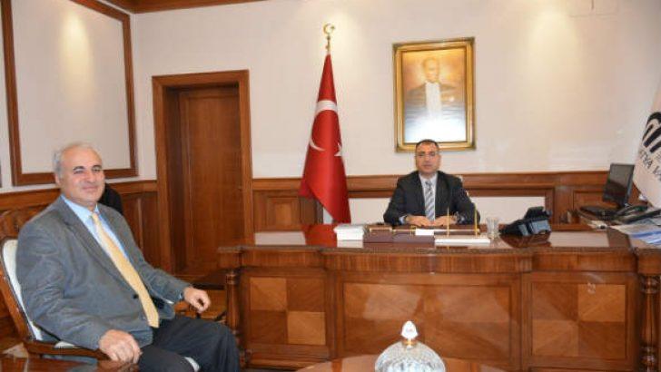 Prof. Dr. Bayram Murat Asma Vali Mustafa Toprak tarafından makamında kabul edildi.