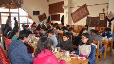 Malatya'da deneme sınavlarında başarı gösteren öğrenciler ödüllendirildi.