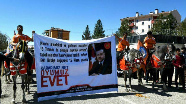 """Tüfenkçi : Türkiye'de 'Efendim diplomasisi"""" ve 'Baş üstüne"""" politikaları bitmiştir"""