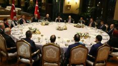 Cumhurbaşkanı Recep Tayyip Erdoğan, 24 Kasım Öğretmenler Günü dolayısıyla Beştepe Sofrası'nda eğitim camiasından misafirleri ağırladı.