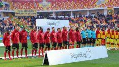 Süper Lig'in 15. haftasında sahasında Göztepe, deplasmanda Evkur Yeni Malatyaspor'u 3-2 mağlup etti