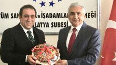 Malatya İl Emniyet Müdürü Dr. Ömer Urhal Tüm Sanayici İş Adamları Derneği (TÜMSİAD) Malatya Şubesini ziyaret etti.