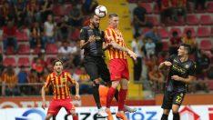 Kayserispor-Evkur Yeni Malatyaspor müsabakası golsüz eşitlikle tamamlandı.