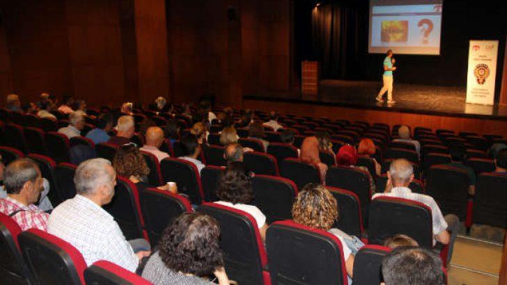 Malatya Terörle Mücadele Şube Müdürlüğü (TEM) 607 öğretmen ve okul idarecisine bilgilendirme  konferansı düzenledi