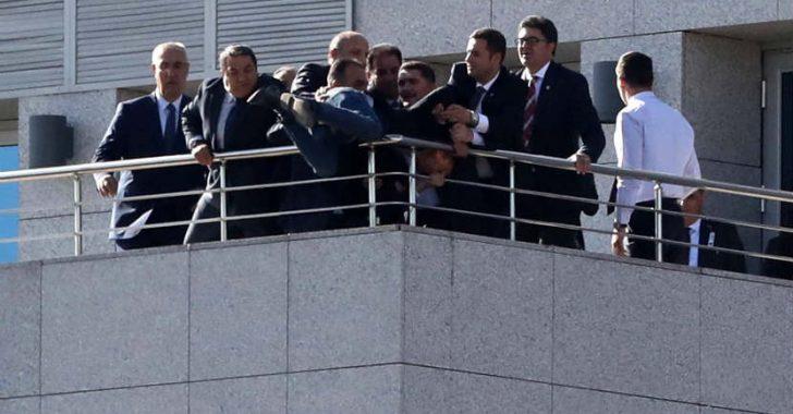 TBMM'den atlamak isteyen genci MHP'li Fendoğlu ve beraberindekiler ikna etti