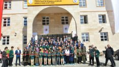 (TOBB) Başkanı Rifat Hisarcıklıoğlu ile birlikte Malatya'da TOBB Anadolu İmam Hatip Lisesi'nin açılışına katıldı.