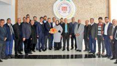 AK Parti MKYK Üyesi ve Malatya Milletvekili Öznur Çalık, ardından Malatya Ticaret Borsası'nı ziyaret ederek, istişarede bulundu.