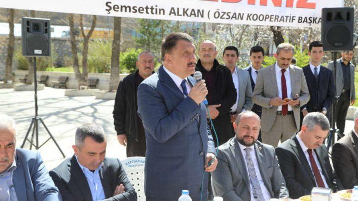 Gürkan, 31 Mart'ta gerçekleştirilecek olan Mahalli İdareler Seçimleri kapsamında çalışmalarını yoğun bir şekilde sürdürüyor.