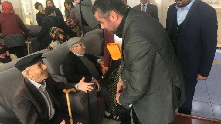 MHP(Milliyetçi Hareket Partisi) Malatya İl Başkanı R.Bülent Avşar, Yaşlılar Haftası nedeniyle bir mesaj yayımladı.