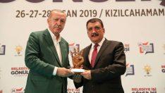 Gürkan: Bu ödülü hemşerilerim adına alıyorum
