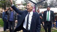Malatya'nın Arapgir ilçesi Belediye Başkanı Haluk Cömertoğluteşekkür yemeği verdi.Arapgir Gülüyor