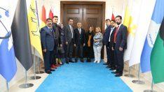 Berberler ve Kuaförler Odası Başkanı Ramazan Toptaş ve yönetimi, Başkan Güder'i ziyaret etti.