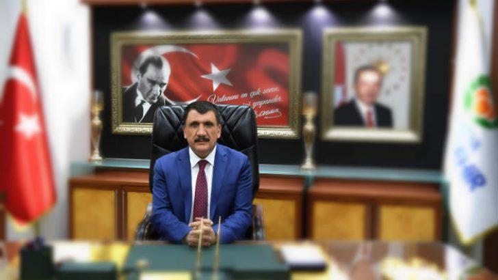 MBB Başkanı Selahattin Gürkan, İstanbul'un fethinin 566. Yıldönümü nedeniyle bir mesaj yayımladı.