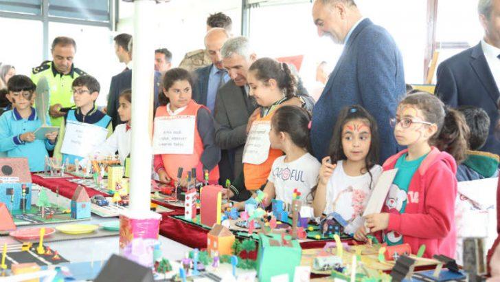 Battalgazi Belediyesi tarafından Trafik Haftası dolayısıyla bir etkinlik gerçekleştirildi.