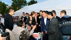 İftar Çadırlarında 4 binin üzerinde vatandaşımızı misafir ediyoruz