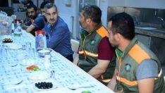 Çınar, Yeşilyurt Belediyesi Temizlik İşler Müdürlüğü personeliyle sahur yemeğinde bir araya geldi