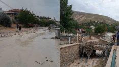 Aşırı Sağanak Yağış, Darende Yavuzlar Mahallesinde Sel Baskınına Yol Açtı VİDEO HABER