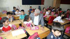 """""""Başkan Güder, çocukların ilk zil heyecanına ortak oldu"""""""