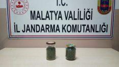 Malatya Şahnahan Mahallesinde Kavanoz İçerisinde 1 Kilo Kubar Esrar Ele Geçirildi