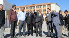 İmara açılan yeni yollar Battalgazi Belediyesi tarafından asfaltlanıyor