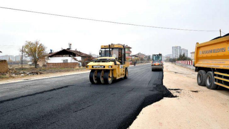 Gürkan, 25 metrelik alternatif yolda incelemelerde bulundu