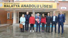 Battalgazi Belediye Başkanı Osman Güder, Deneyimlerini Gençlerle Paylaştı