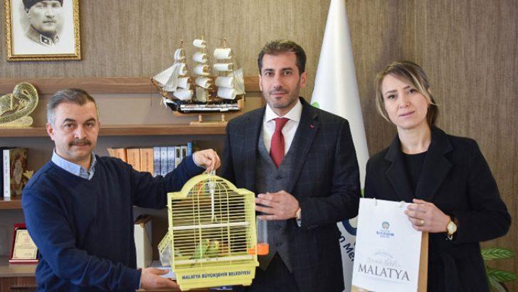 Rehabilitasyon Merkezlerine Muhabbet Kuşu Projesi