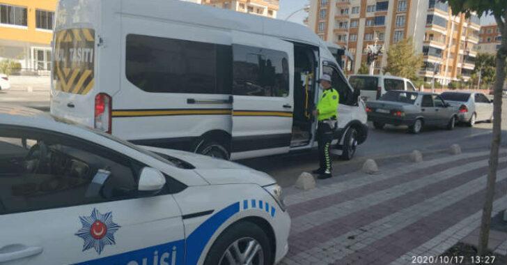 Malatya'da 12-16 Ekim 2020 tarihleri arasında Okul Servis Araçlarına Denetim Yapıldı 1 Araç Trafikten Men Edildi