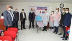 Battalgazi Belediye Başkanı Osman Güder, 'Kan ver hayat kurtar' etkinliğine destek ziyaretinde bulundu.