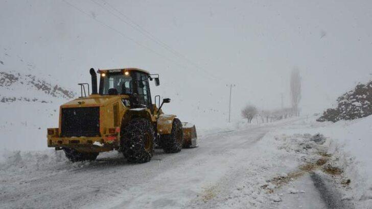 Kırsal Bölgelerde Kapanan Mahalle Yolları Açıldı