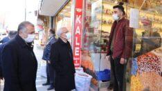 Belediye Başkanı Osman Güder, Halfettin mahallesinde bulunan esnafları ziyaret etti