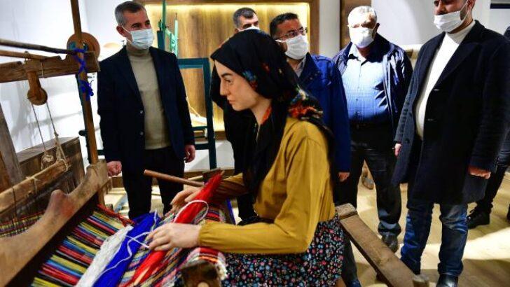 """""""Dokumacılık Kültürümüzü Özel Bir Mekânda Gelecek Kuşaklara Taşıyoruz"""""""
