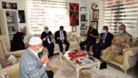 Vali Baruş'tan Şehit Ailelerine Bayram Ziyareti