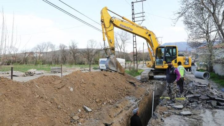 Güder : Orduzu bölgesinde yapımı devam eden 30 metrelik bağlantı yolu ve alt yapı çalışmaların incelediı