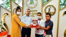 Yeşilyurt Belediye Başkanı Mehmet Çınar, 'Biz Anadoluyuz' projesi kapsamında Şanlıurfa'dan Malatya'ya gelen 40'a yakın öğrenciyi misafir etti.