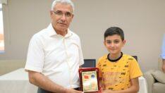 Battalgazi Belediye Başkanı Osman Güder, 25 öğrenci için düzenlenen İcazet Merasimine katıldı.