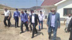 """Ağbaba : """"Önce 2 katlı ev yapacağız dedikleri depremzedelere şimdi tek katlı ev dayatıyorlar. AKP burada da ayrımcılık yapıyor"""" dedi."""
