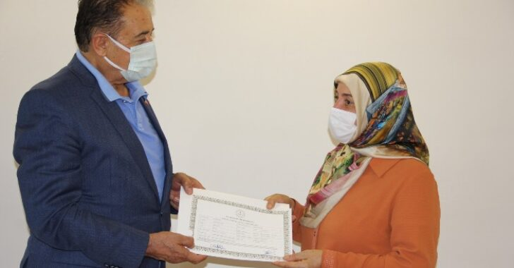 Çırak, kalfa ve ustalar Meslek Lisesi Diplomalarını aldı