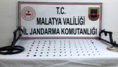 Malatya'da Jandarma Tarihi Eser Kaçakçısına Göz Açtırmadı